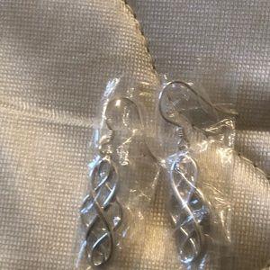 Loyal Looks Sterling silver filagree Drop earrings